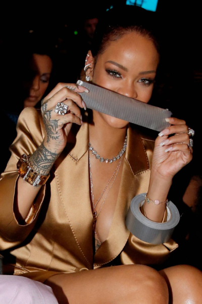rihanna_at_the_bet_awards